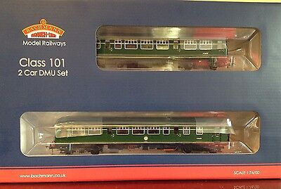 Bachmann 32-286 Class 101 DMU  BR Green With Small Yellow Panel
