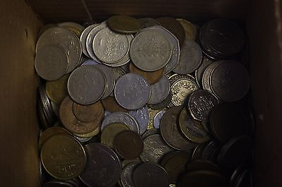 FOREIGN COINS WORLD LOTS 8 POUNDS nice coins with some old coins