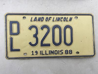 "1988 Illinois Auto Dealer License Plate  "" Dl 3200 "" Il 88 New Car Used"