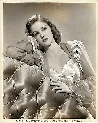 BIG SLEEP, THE (1946) Vintage original 8x10 pin-up photo ft. Martha Vickers