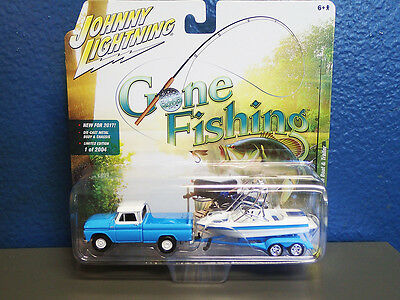 Johnny Lightning Gone Fishing 1965 Chevrolet Truck With Boat And Trailer 2017 Ed