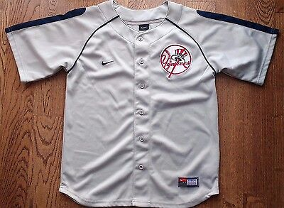 MLB New York Yankees vintage grey jersey by Nike SEWN Youth M