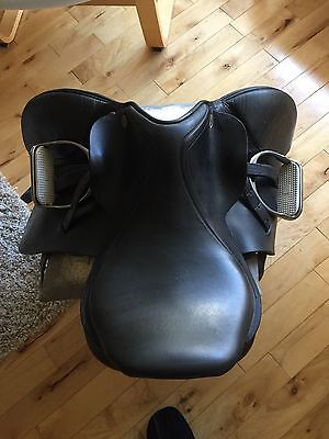 Beautiful Dever Pony Saddle + Stirrups