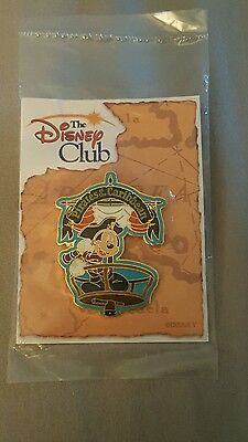 NEW NRFP Disney Club Exclusive Pirates of the Caribbean Mickey Trading Pin 21333