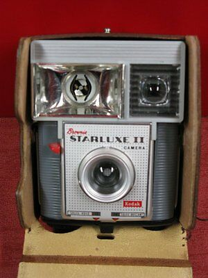 Ancien Appareil Photo Kodak Brownie Starluxe Ii