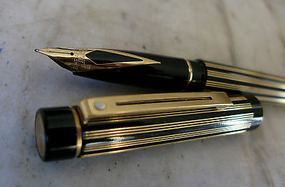 Splendide Stylo Plume Sheaffer Targa Regency Stripes - Plume Pl. Or 23 Carats