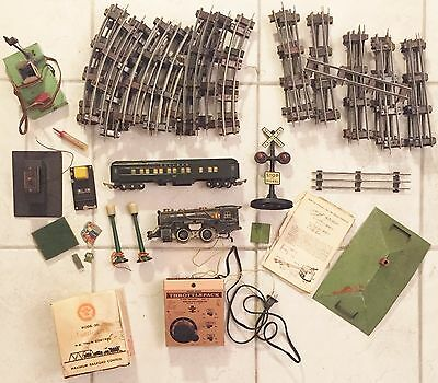 OLD AMERICAN FLYER TRAIN SET PARTS with MDL 501 THROTTLEPACK HO TRAIN CONTROL