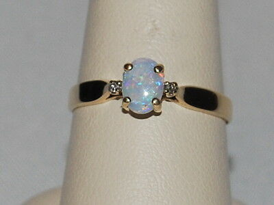 10K gold ring with Opal gemstone(October birthstone)