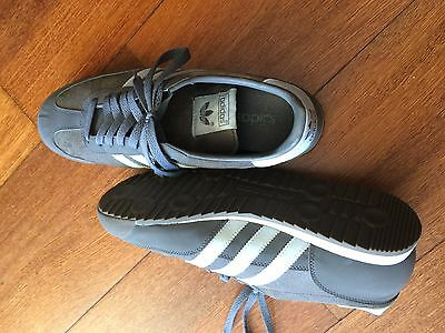 Mens ADIDAS Dragon Casual Fitness shoes size US10, Near New