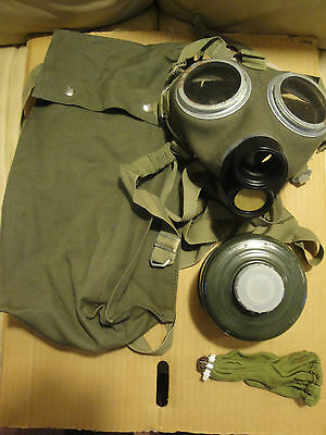 Soviet era Hungarian M67 Canvas Gas mask NEW unissued - Military Cold War bag