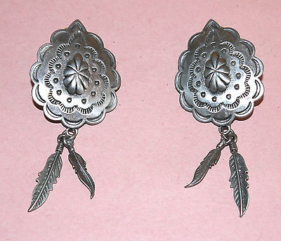 """Beautiful Pierce Earring Silver Tone With Feather Signed Jj 1988 2.5"""" Long"""
