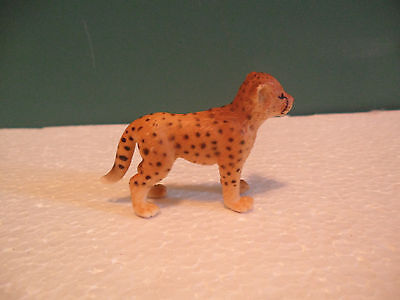 Schleich Spotted Tan and Black Cheetah Cub Figure USED