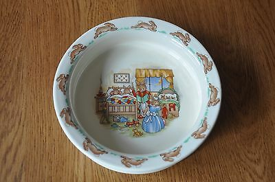 Royal Doulton Childrens Cerial Dish, Bunnykins Bedtime Story.