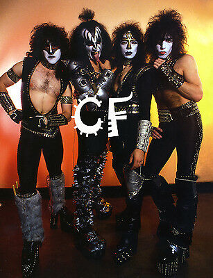 Kiss group photo with Vinnie Vincent and Eric Carr rare A2