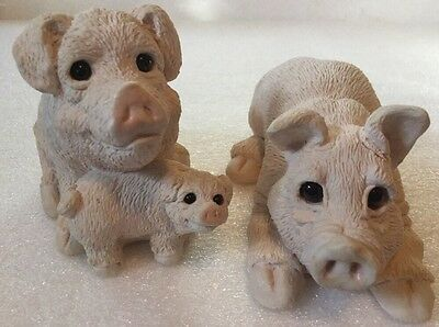 Vintage Collectible Stone Critters United Design Family Of Pigs Hogs Figurines