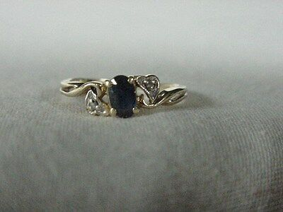 Gorgeous Vintage 10 Kt Yellow Gold Oval Sapphire Heart Diamond Pinky Ring