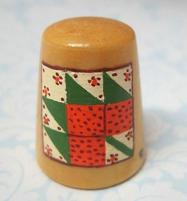 Hand Painted Signed Numbered Thimble Maple Leaf Quilting Block Pattern M7