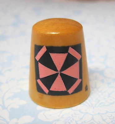 Hand Painted Signed Numbered Thimble Spider Web Quilting Block Pattern M7