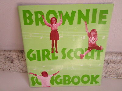 Brownie Girl Scout Song Book -  Girl Scouts of America - Paperback - 1999