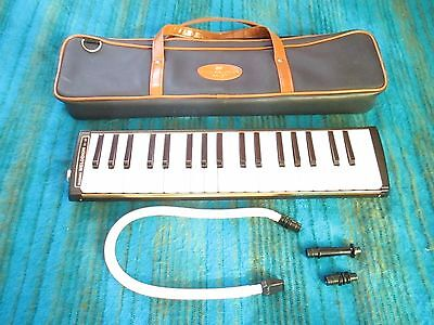 SUZUKI M-37 Melodion Melodica / Alto Keyboard Harmonica 37key with Case - A117