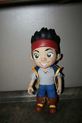 Disney Store Talking Jake and the Neverland Pirates Doll Plastic Head Hands boot