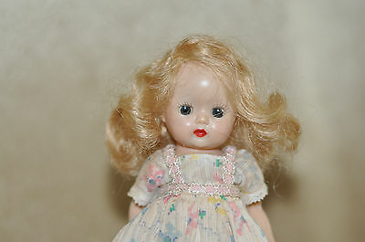 """Vintage 1950s 8""""in. Early Strung Nancy Ann Muffie Doll"""