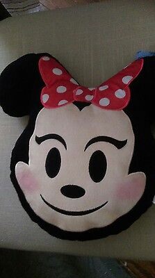 """Disney Emoji Pillow  """"minnie Mouse""""    New With Tags"""