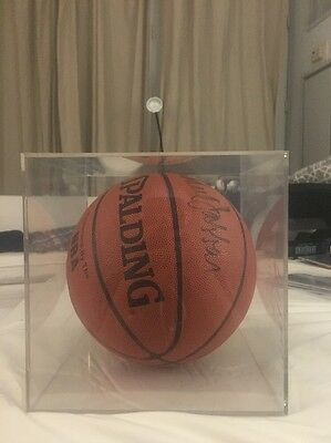 AUTOGRAPHED KAREEM ABDUL JABBAR BASKETBALL AUTHENTIC OR $ BACK In Case
