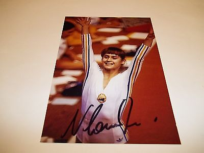 Olympic Gold Medal Gymnist Nadia Comaneci Signed 4X6 Photo   1B