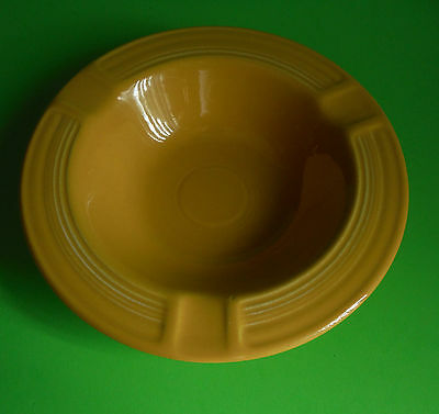 Homer Laughlin / FIESTA / Ashtray / Yellow / Version with Fiesta logo on bottom