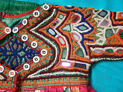 Original vintage hand-embroidered Gujarat/Rajasthan childs jacket. size 1-2 yrs