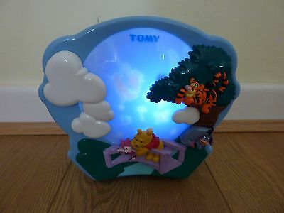 Tomy Winnie The Pooh Sweet Dreams Light show Projector for Baby Nursery