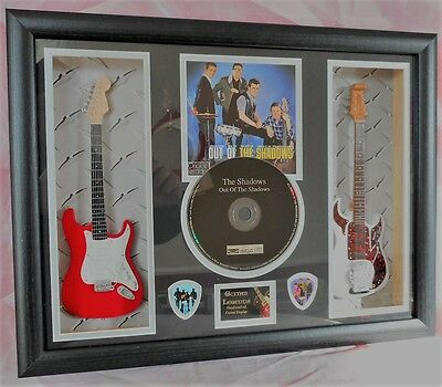 The Shadows Double Mini Guitar, CD & Plectrum Presentation Hank Marvin