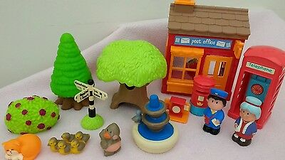ELC / Early Learning Centre Happyland Post Office & Village Playset!