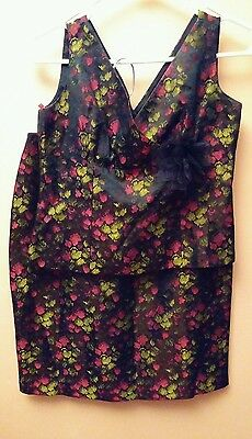 Maggi London Outfit Size 6 Top And Skirt Beautiful