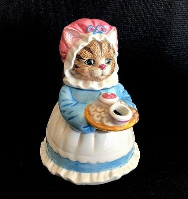 Heritage Mint Ltd. Collectables Cat/ Kitten Carrin Tea/ Coffee Teapot