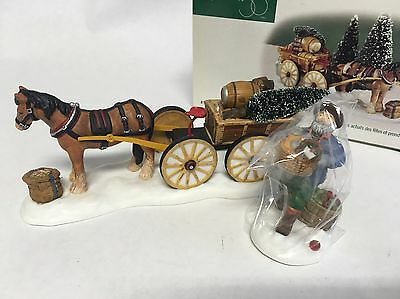 """Dept 56-New England Village 2 Pc Set """"Load Up The Wagon """" #56630 New-Working"""