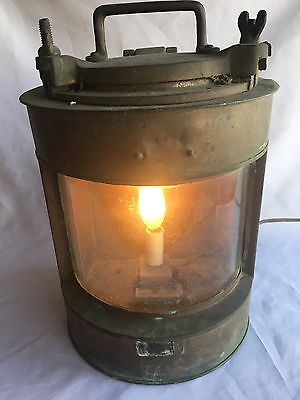 Rare Vintage Brass Ship Lantern Light Nautical Maritime Boat Light Antique