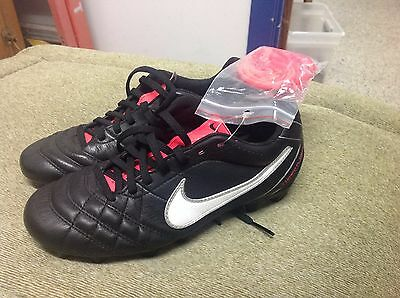 Womens Nike Tiempo Flight