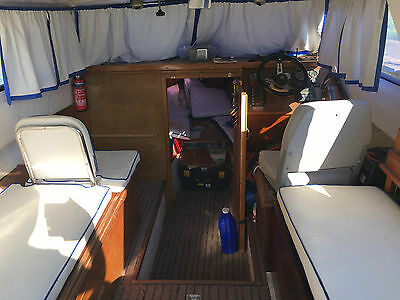 Monarch Sports/cabin Cruiser Inboard engine