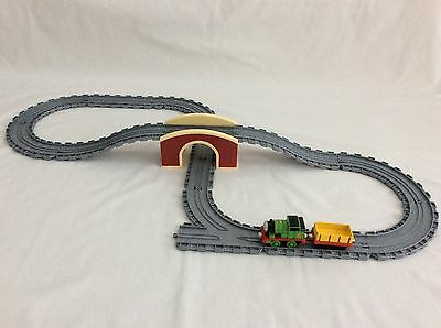 Sodor Red Bridge / Tunnel Track Pack With Thomas Engine & Truck Take N Play VGC