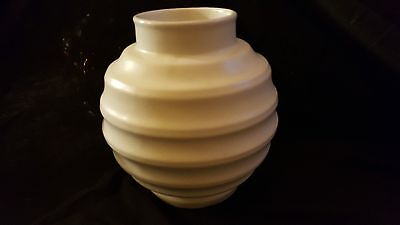 Rare Sylvac Shape 1578 Keith Murray Style Vase