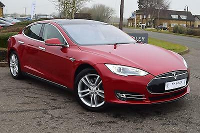 2014 Tesla Model S AUTO Electric red Automatic