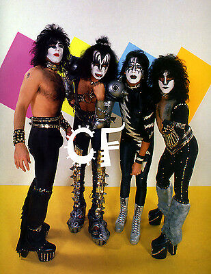 Kiss group photo with Ace Frehley and Eric Carr RARE A3