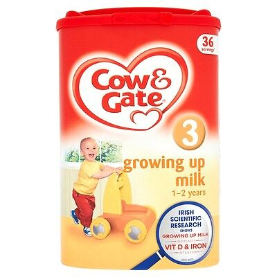 Cow & Gate Growing Up Milk Powder Stage Three 900 Grams 1+ Years