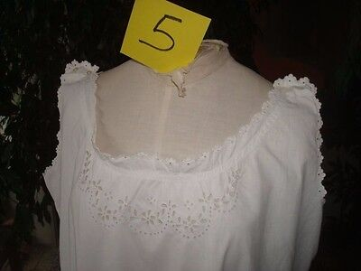 CHEMISE DE NUIT ancienne brodée coton blanc EMBROIDERED VINTAGE WHITE NIGHTDRESS