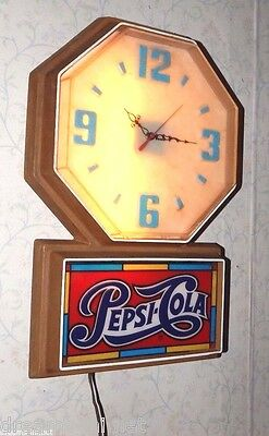 """PEPSI-COLA LIGHTED FLUORESCENT & BATTERY OP OCTAGON CLOCK w """"Stained Glass"""" Logo"""