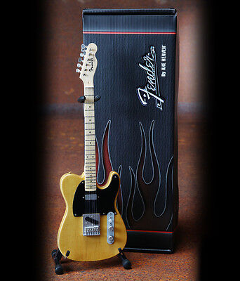 Fender™ Telecaster™ Butterscotch Blonde Finish CHITARRA MODELLO IN MINIATURA
