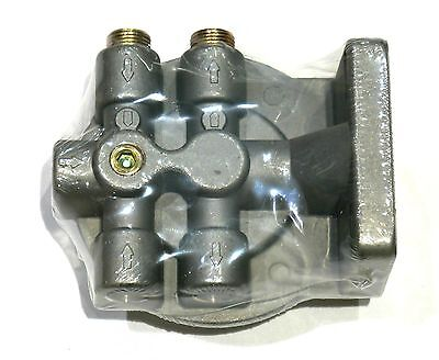 """Diesel Fuel Filter Mounting Base 3/8"""" NPT 1-14 Center Thread Spin On Mount"""