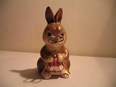 Babbacombe Pottery Sewing Rabbit